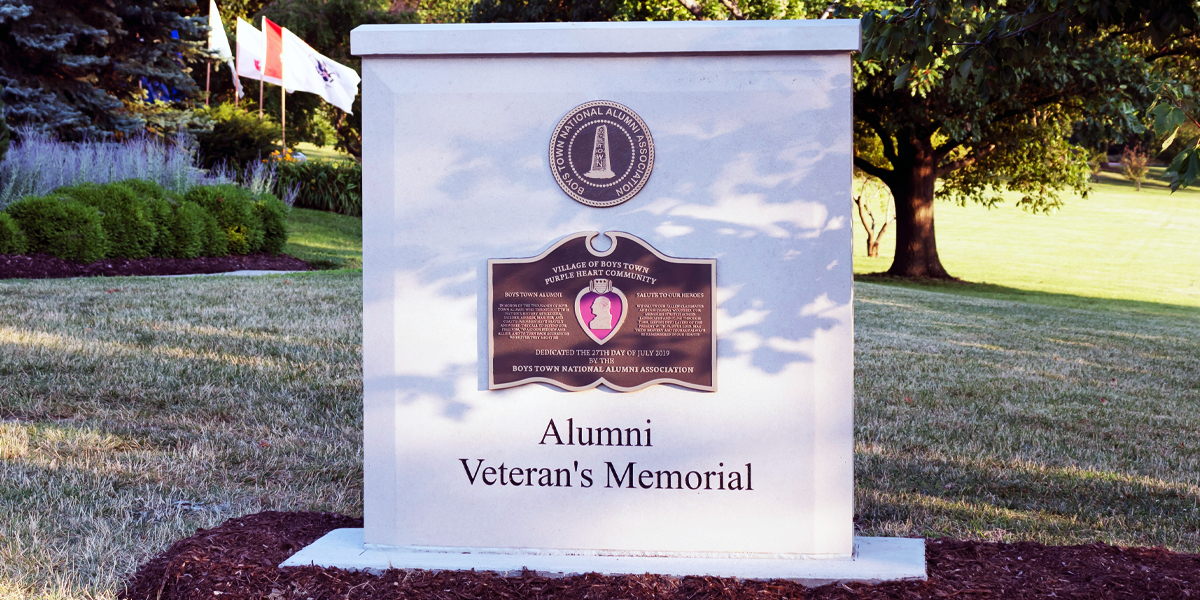 veterans-memorial-sign